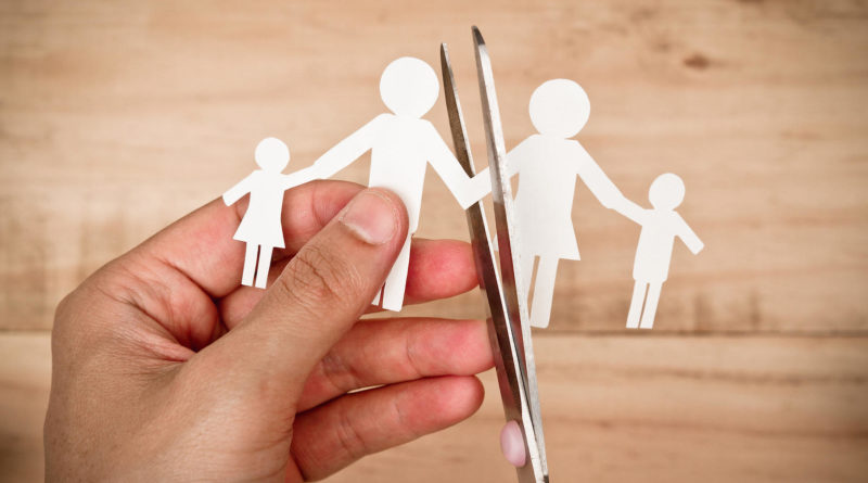 How Can Experts Help You in Getting Through a Difficult Divorce