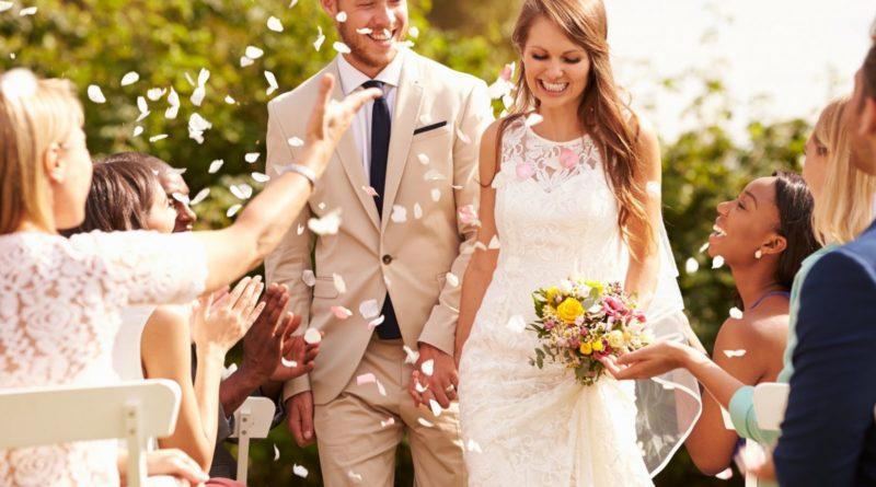 Tropical Flowers Inspired Wedding Decor