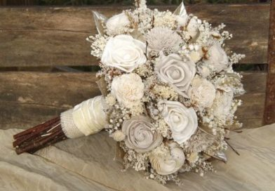 WHAT ARE SOLA WOOD FLOWER BOUQUETS?