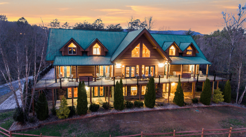 Have Your Event At The Manor – Your Tennessee Mountain Rental Home & Venue